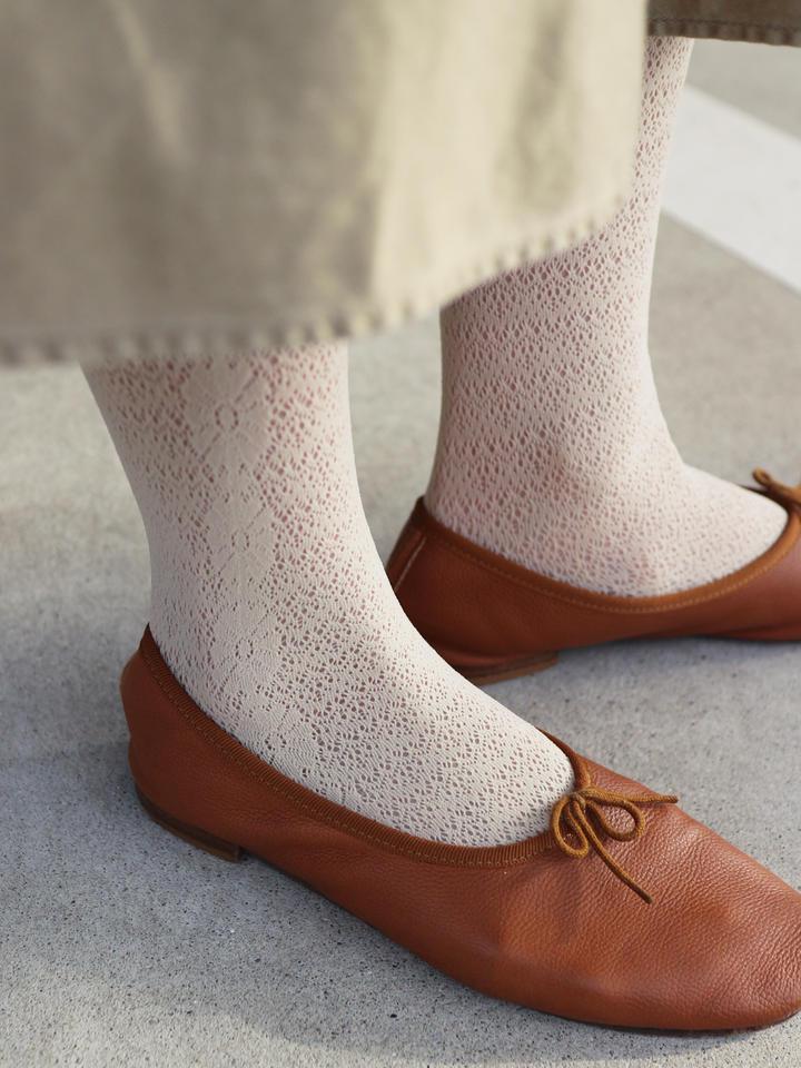 靴下屋 ラッセルマーガレットレースタイツ キナリ